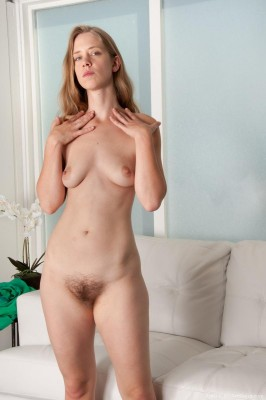 April_BlondeStrippingLivingroom_112